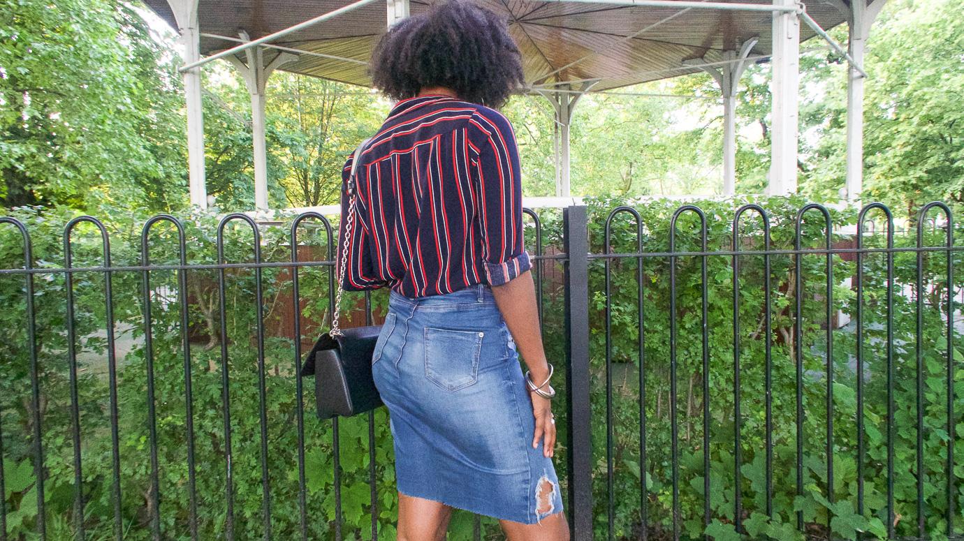 Diy old jeans to denim skirt video the crafterpreneur for Old denim